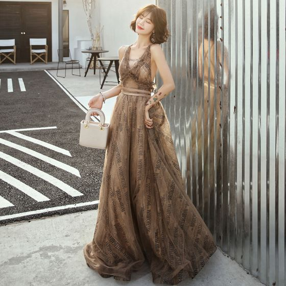 Sexy Marron Robe De Soirée 2019 Princesse Col v profond Sans Manches Ceinture Impression Tulle Train De Balayage Volants Dos Nu Robe De Ceremonie