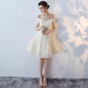 Chic / Beautiful White Graduation Dresses 2017 Homecoming Strapless Lace Backless Strappy Printing Party Dresses