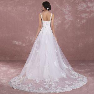 Elegant White Wedding Dresses 2018 A-Line / Princess Shoulders Sleeveless Backless Appliques Lace Court Train Ruffle