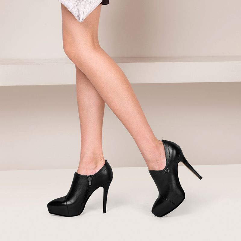 Chic / Beautiful Black Outdoor / Garden Pumps Leather 2017 Platform High Heel Pointed Toe Pumps