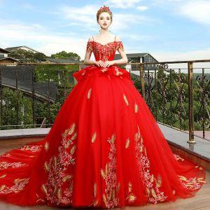 Luxury / Gorgeous Red Wedding Dresses 2018 Ball Gown Off-The-Shoulder Spaghetti Straps Short Sleeve Backless Gold Appliques Lace Cathedral Train Ruffle