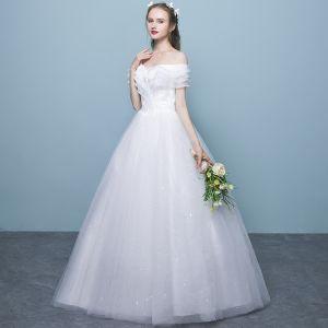 Overkommelige Hvide Brudekjoler 2018 Balkjole Med Blonder Off-The-Shoulder Halterneck Kort Ærme Lange Bryllup