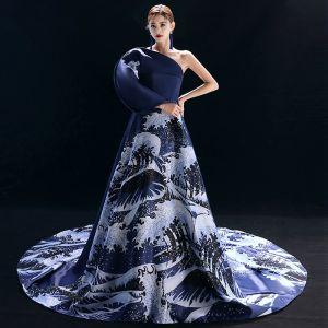 Vintage / Originale Style Chinois Bleu Marine Robe De Soirée 2019 Princesse Une épaule Impression Manches Longues Chapel Train Robe De Ceremonie