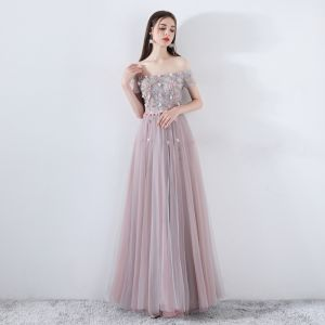 Elegant Pearl Pink Prom Dresses 2019 A-Line / Princess Off-The-Shoulder Short Sleeve Appliques Flower Pearl Beading Floor-Length / Long Ruffle Backless Formal Dresses