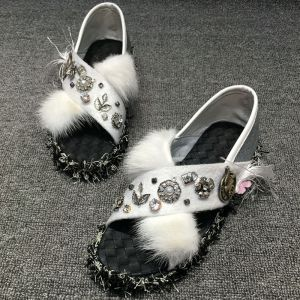 Chic / Beautiful 2017 Black White Beach Casual Outdoor / Garden PU Summer Crystal Pearl Rhinestone Flat Platform Flat Sandals Open / Peep Toe Womens Sandals