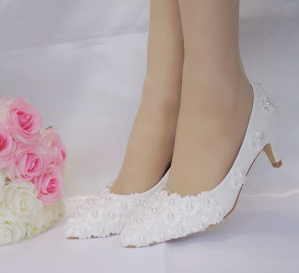 Chic Beautiful White Wedding Shoes 2018 Pearl Appliques 3 Cm Low Heel Stiletto Heels Pointed Toe