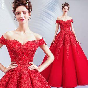 Abordable Rouge Robe De Mariée 2019 Princesse De l'épaule Paillettes En Dentelle Fleur Manches Courtes Dos Nu Longue