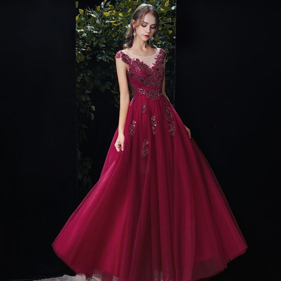 Chic / Beautiful Burgundy See-through Evening Dresses  2020 A-Line / Princess Scoop Neck Sleeveless Appliques Lace Sequins Beading Floor-Length / Long Ruffle Backless Formal Dresses