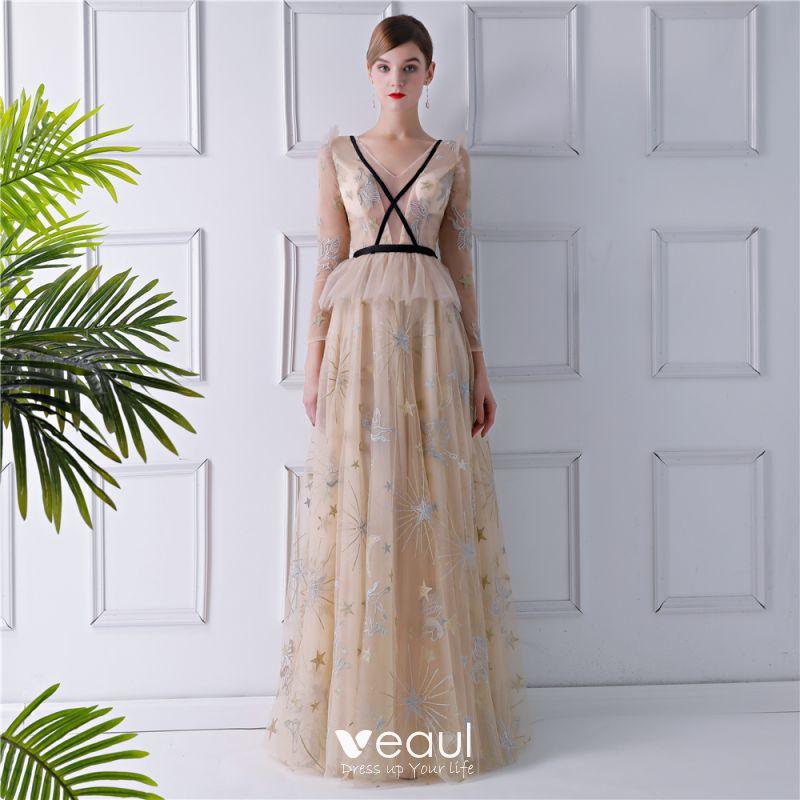 erstaunliche Qualität Verkaufsförderung suchen Sexy Beige Durchsichtige Abendkleider 2019 A Linie V-Ausschnitt Lange Ärmel  Stickerei Lange Rüschen Rückenfreies Festliche Kleider