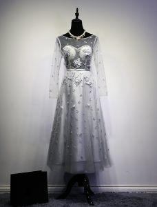 Robe De Fête 2016 Mode Col Rond Perles Paillettes Appliques Fleurs Dos Nu Robe De Soirée Grise Avec Ceinture