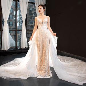 Luxus / Herrlich Champagner Brautkleider / Hochzeitskleider 2020 Meerjungfrau Spaghettiträger Ärmellos Rückenfreies Applikationen Spitze Abnehmbar Kathedrale Schleppe Rüschen