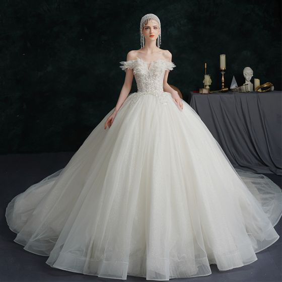 Modest / Simple Ivory Wedding Dresses 2021 Ball Gown Off-The-Shoulder Beading Crystal Sequins Sleeveless Backless Royal Train Wedding