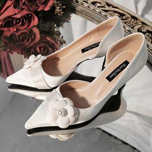 Elegantes Vintage Marfil Flor Zapatos de novia 2020 Cuero 7 cm Stilettos / Tacones De Aguja Punta Estrecha Boda Tacones