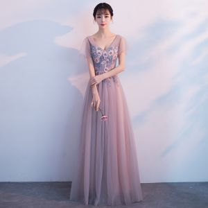 Chic / Beautiful Pearl Pink Prom Dresses 2018 A-Line / Princess Beading Crystal Lace Appliques V-Neck Backless Short Sleeve Floor-Length / Long Formal Dresses