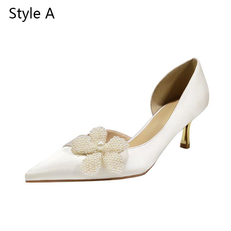 Modern / Fashion Ivory Wedding Bridesmaid Pumps 2020 Leather Pearl 5 cm Stiletto Heels Pointed Toe Wedding Shoes
