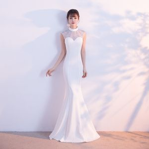 Vintage White Evening Dresses  2017 Trumpet / Mermaid High Neck Sleeveless Rhinestone Floor-Length / Long Ruffle Pierced Formal Dresses
