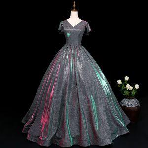 Vintage Silber Ballkleider 2019 A Linie V-Ausschnitt Pailletten Kurze Ärmel Rückenfreies Lange Festliche Kleider