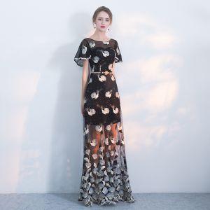 Mode Schwarz Abendkleider 2018 A Linie Rundhalsausschnitt Kurze Ärmel Stickerei Strass Perle Metall Stoffgürtel Lange Festliche Kleider