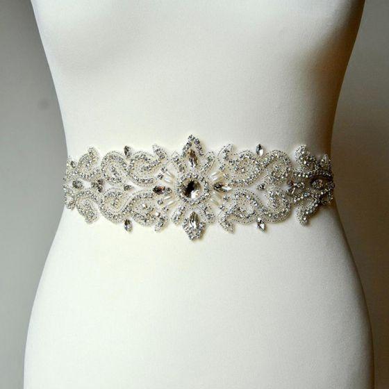 Luksus Hvit Ball Bånd 2020 Metall Satin Håndlaget Beading Krystall Perle Rhinestone Bryllup Aften Tilbehør