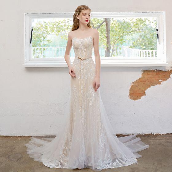 Sexig Champagne Trumpet / Sjöjungfru Bröllopsklänningar 2021 Urringning Rosett Blomma Spets Ärmlös Halterneck Svep Tåg Bröllop
