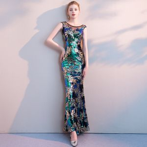 Colored Multi-Colors Sequins Evening Dresses  2018 Trumpet / Mermaid Scoop Neck Sleeveless See-through Backless Floor-Length / Long Formal Dresses