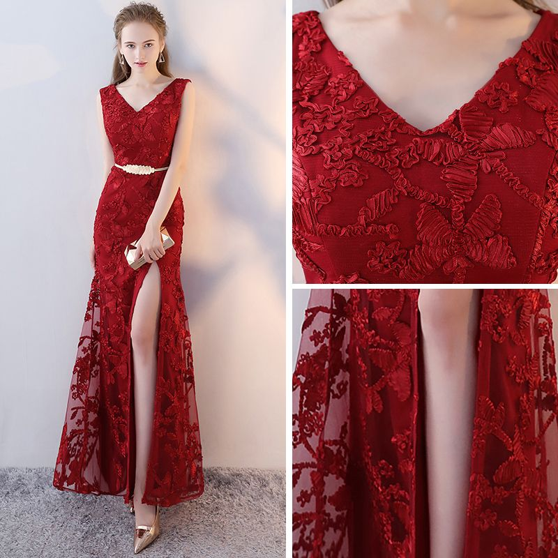 Modern / Fashion Red Evening Dresses  2017 Trumpet / Mermaid V-Neck Sleeveless Embroidered Metal Sash Split Front Ankle Length Backless Formal Dresses