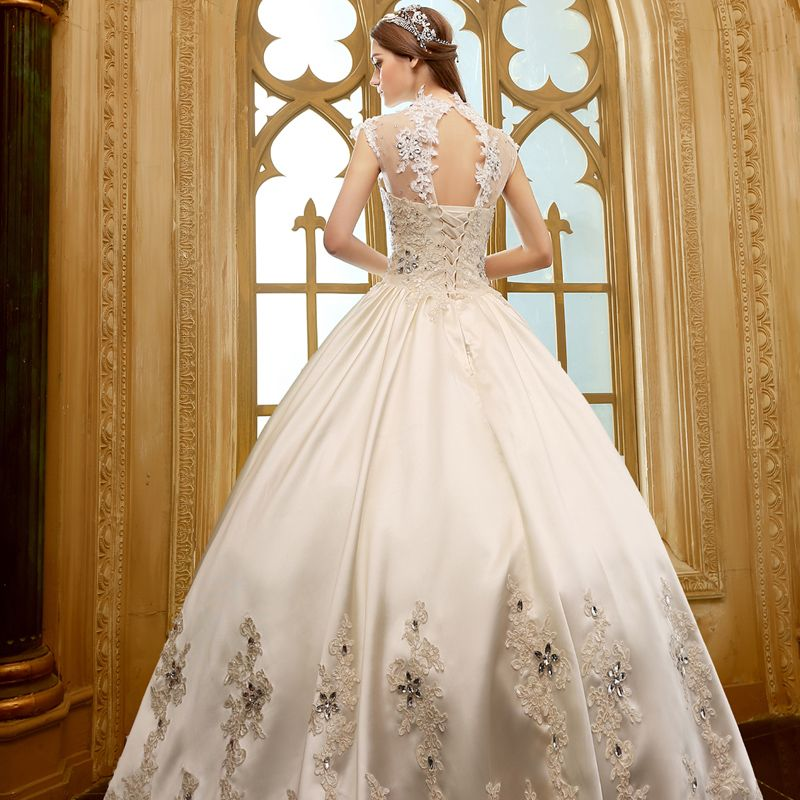 Vintage Hall Wedding Dresses 2017 Champagne Ball Gown Floor-Length / Long High Neck Sleeveless Backless Lace Appliques Rhinestone