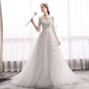 Elegante Ivory / Creme Brautkleider / Hochzeitskleider 2019 A Linie Rundhalsausschnitt Applikationen Spitze Blumen Glockenhülsen Rückenfreies Sweep / Pinsel Zug