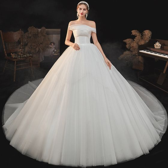 Modest / Simple Ivory Bridal Wedding Dresses 2020 Ball Gown Strapless Short Sleeve Backless Chapel Train Ruffle