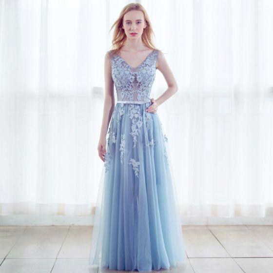 Chic / Beautiful Sky Blue Prom Dresses 2017 A-Line / Princess Pierced V-Neck Sleeveless Appliques Lace Rhinestone Bow Sash Floor-Length / Long Backless Formal Dresses
