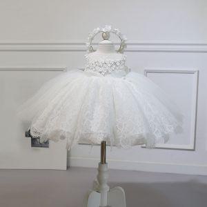 Piękne Kość Słoniowa Sukienki Dla Dziewczynek 2020 Suknia Balowa Wycięciem Bez Rękawów Aplikacje Kwiat Frezowanie Kokarda Krótkie Wzburzyć Sukienki Na Wesele