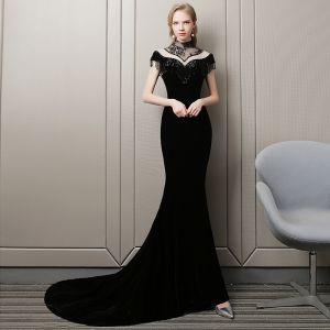 Stunning Black Evening Dresses  2018 Trumpet / Mermaid Beading Tassel Suede High Neck Short Sleeve Court Train Formal Dresses
