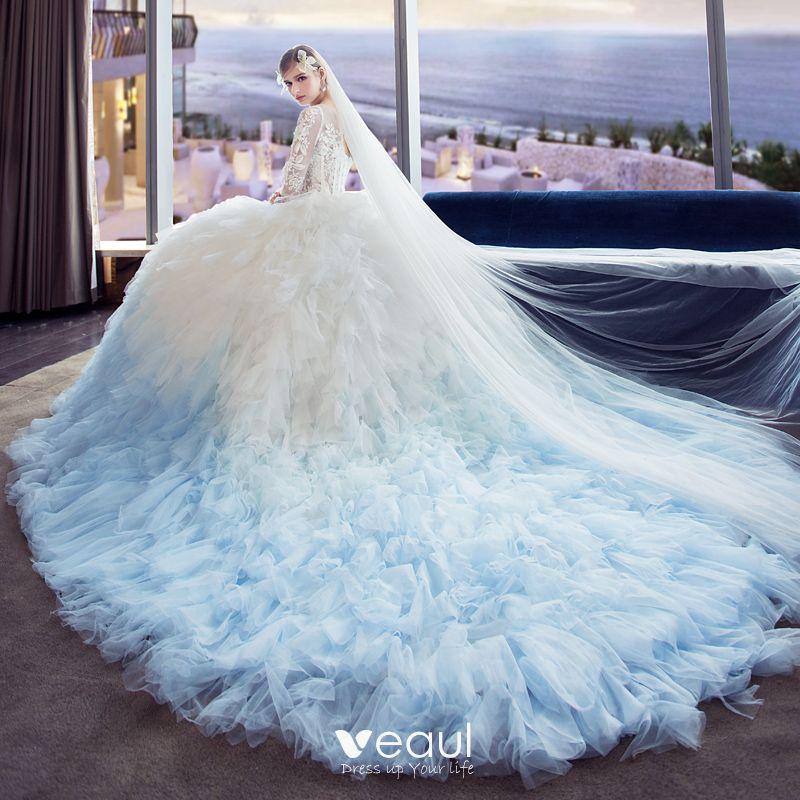 Unique Wedding Dresses Au: Unique Blanche Dégradé De Couleur Bleu Ciel Percé Robe De