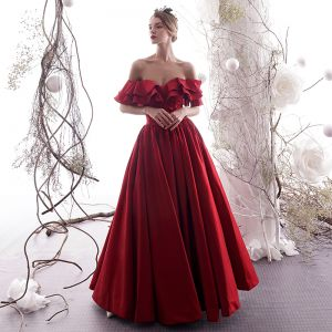 Elegant Burgundy Evening Dresses  2019 A-Line / Princess Off-The-Shoulder Ruffle Short Sleeve Backless Floor-Length / Long Formal Dresses