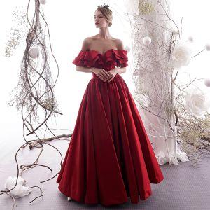 Elegant Burgundy Evening Dresses  2019 A-Line / Princess Off-The-Shoulder Ruffle Short Sleeve Backless Floor-Length / Long Formal Dresses