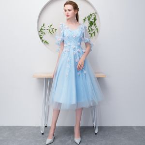 Flower Fairy Sky Blue Short Graduation Dresses 2018 A-Line / Princess V-Neck Tulle With Shawl Beading Appliques Backless Homecoming Formal Dresses