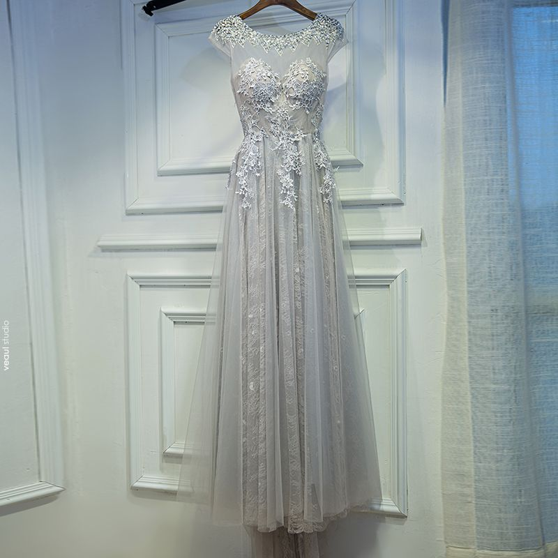 Modest / Simple Brown Wedding Party Dresses 2017 A-Line / Princess Lace Flower Backless Sequins Scoop Neck Short Sleeve Sweep Train Bridesmaid Dresses