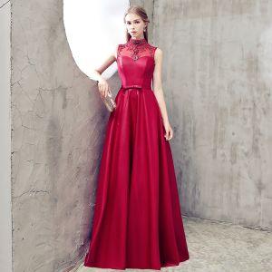 Moderne / Mode Bordeaux Robe De Soirée 2018 Princesse Col Haut Charmeuse Dos Nu Perlage Faux Diamant Soirée Robe De Ceremonie