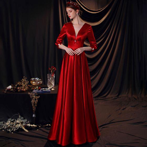 Vintage Burgund Satyna Sukienki Na Bal 2020 Imperium Głęboki V-Szyja 3/4 Rękawy Długie Wzburzyć Bez Pleców Sukienki Wizytowe