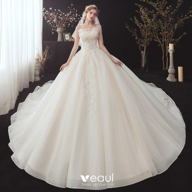 Chic / Beautiful Champagne Bridal Wedding