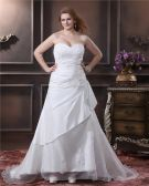 Elegant Organza Sweetheart Applique Beading Empire Chapel Train Plus Size Wedding Dresses