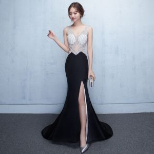 Sexy Black Evening Dresses  2017 Trumpet / Mermaid Rhinestone Pierced V-Neck Backless Sleeveless Sweep Train Split Front Formal Dresses