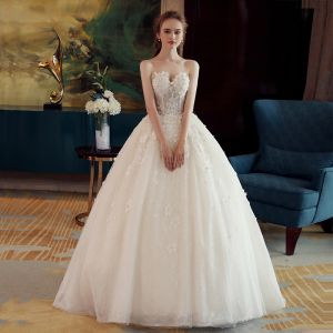 Classy Ivory Wedding Dresses 2019 Ball Gown Sweetheart Sleeveless Backless Appliques Lace Beading Pearl Court Train Ruffle