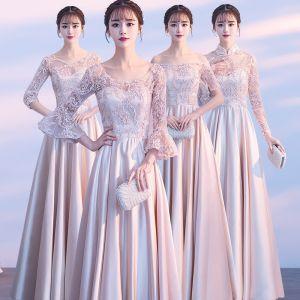 Asequible Champán Traspasado Vestidos De Damas De Honor 2018 A-Line / Princess Apliques Con Encaje Largos Ruffle Sin Espalda Vestidos para bodas