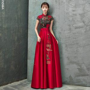Kinesisk Stil Röd Aftonklänningar 2020 Prinsessa Hög Hals Rhinestone Spets Blomma Rosett Holkärm Halterneck Långa Formella Klänningar