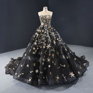 High-end Black Prom Dresses 2020 Ball Gown Strapless Sleeveless Star Appliques Lace Sequins Court Train Backless Formal Dresses
