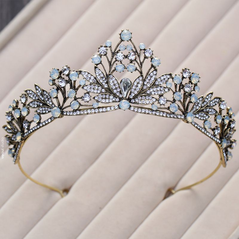 Elegant Classic Sky Blue Bridal Jewelry 2017 Metal Beading Crystal Rhinestone Headpieces Prom Wedding Accessories