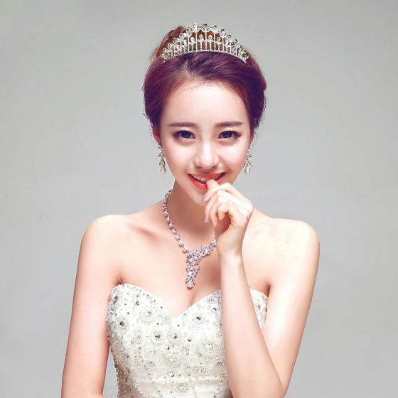 White Bridal Jewellery Wedding Tiara / Earrings / Necklace Three-piece