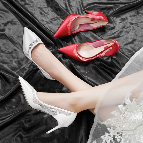 Modest / Simple Red Wedding Shoes 2020 Lace Satin 7 cm Stiletto Heels Pointed Toe Wedding Pumps