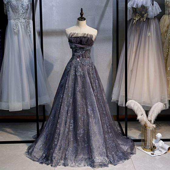 Błyszczące Uroczy Granatowe Sukienki Na Bal 2020 Princessa Bez Ramiączek Frezowanie Cekiny Z Koronki Kwiat Bez Rękawów Bez Pleców Trenem Sweep Sukienki Wizytowe